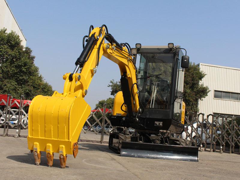 R350小型履帶式挖掘機